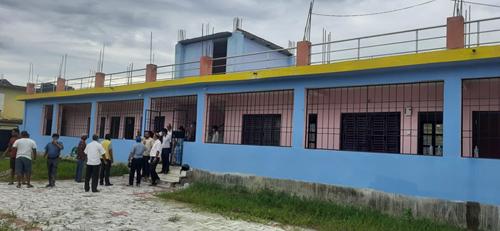 नवनिर्मित दलित छात्रावास भवन विद्यालयलाई हस्तान्तरण