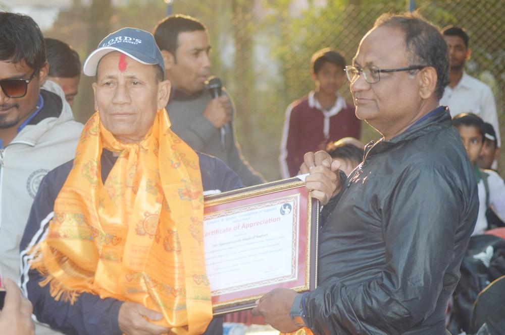 सप्तरी क्रिकेट संघद्वारा वरिष्ठ क्रिकेटर सुरेन्द्रनाथ र तृपितलाई सम्मानित